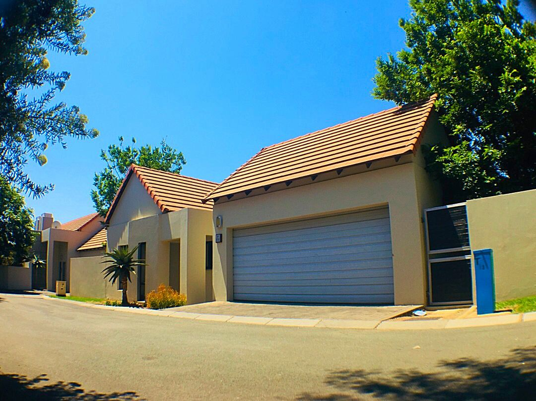 Sandton, Witkoppen Property  | Houses For Sale Witkoppen, WITKOPPEN, House 2 bedrooms property for sale Price:1,749,000