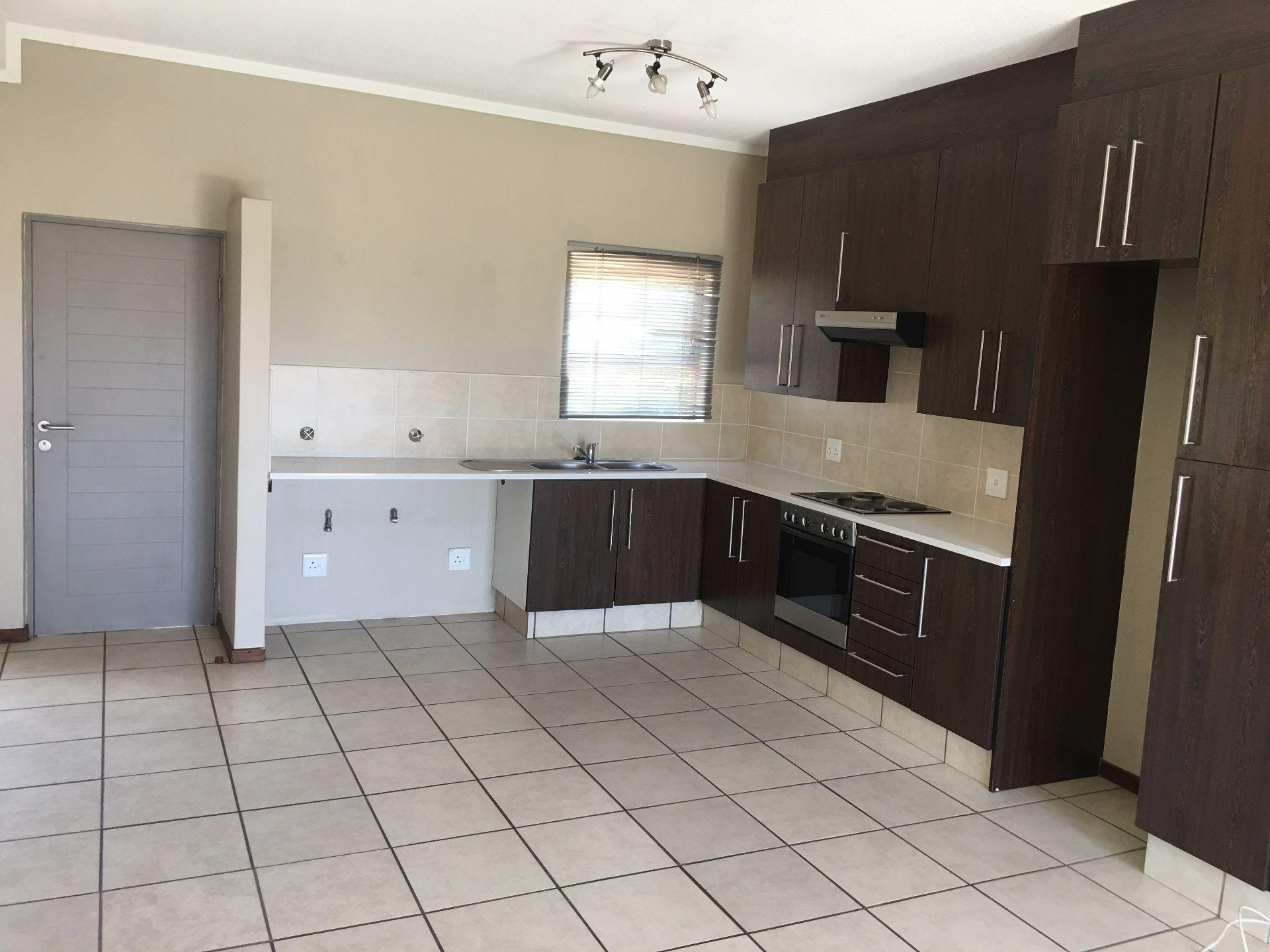 Broadacres property for sale. Ref No: 13552745. Picture no 3