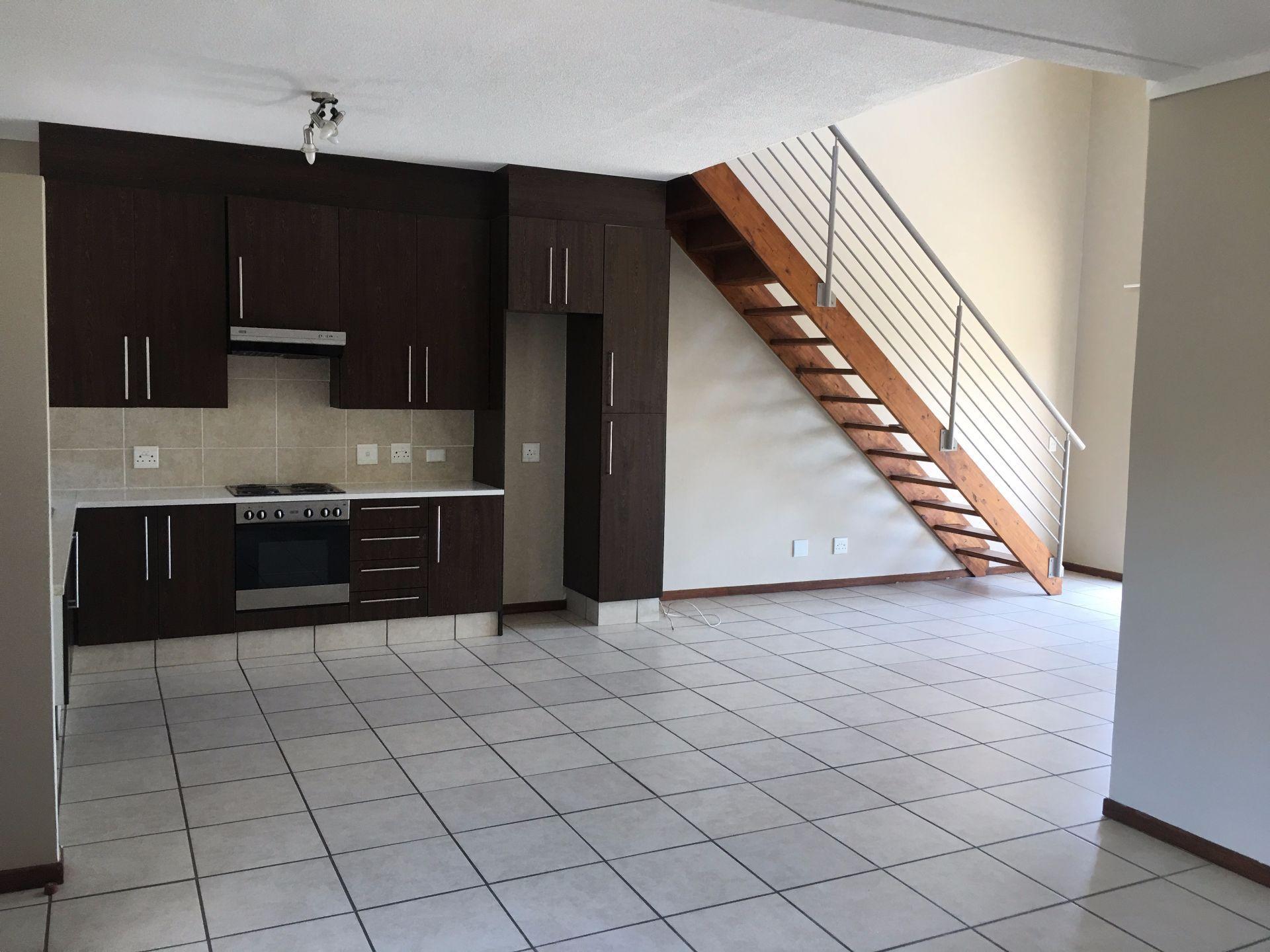 Broadacres property for sale. Ref No: 13552745. Picture no 2