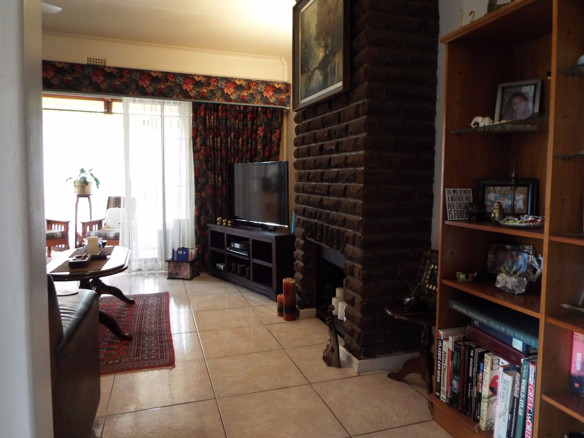 Moret property for sale. Ref No: 13555493. Picture no 4