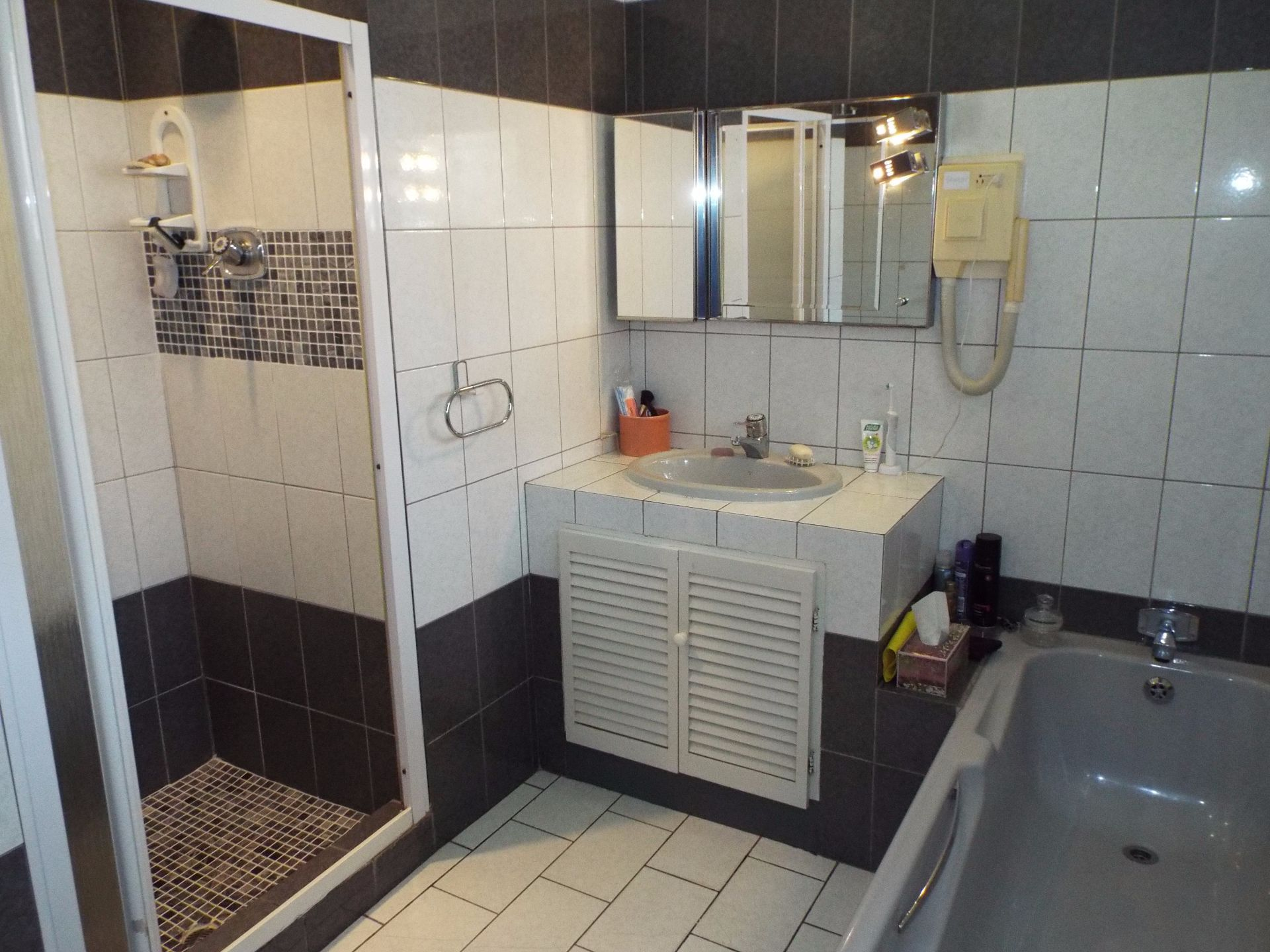 Moret property for sale. Ref No: 13555493. Picture no 31