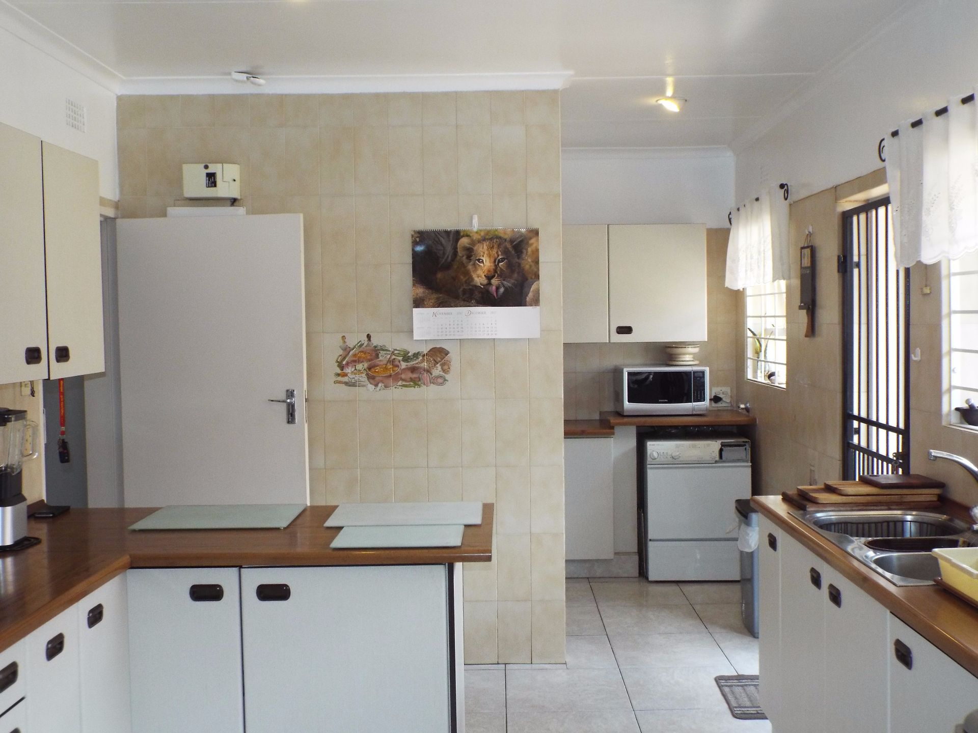 Moret property for sale. Ref No: 13555493. Picture no 17