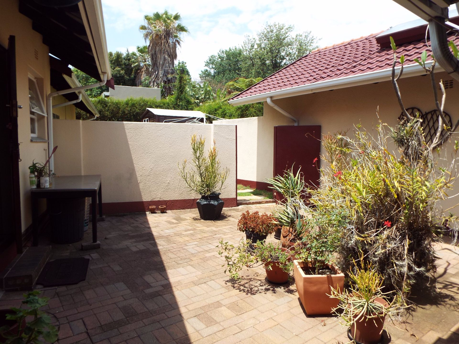 Moret property for sale. Ref No: 13555493. Picture no 46