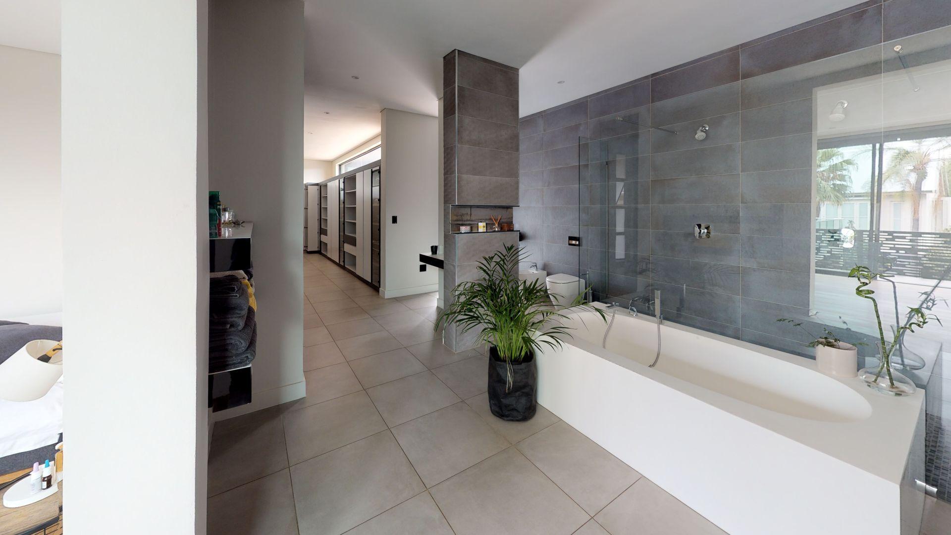 28-Cleveland-Road-Bathroom(1).jpg
