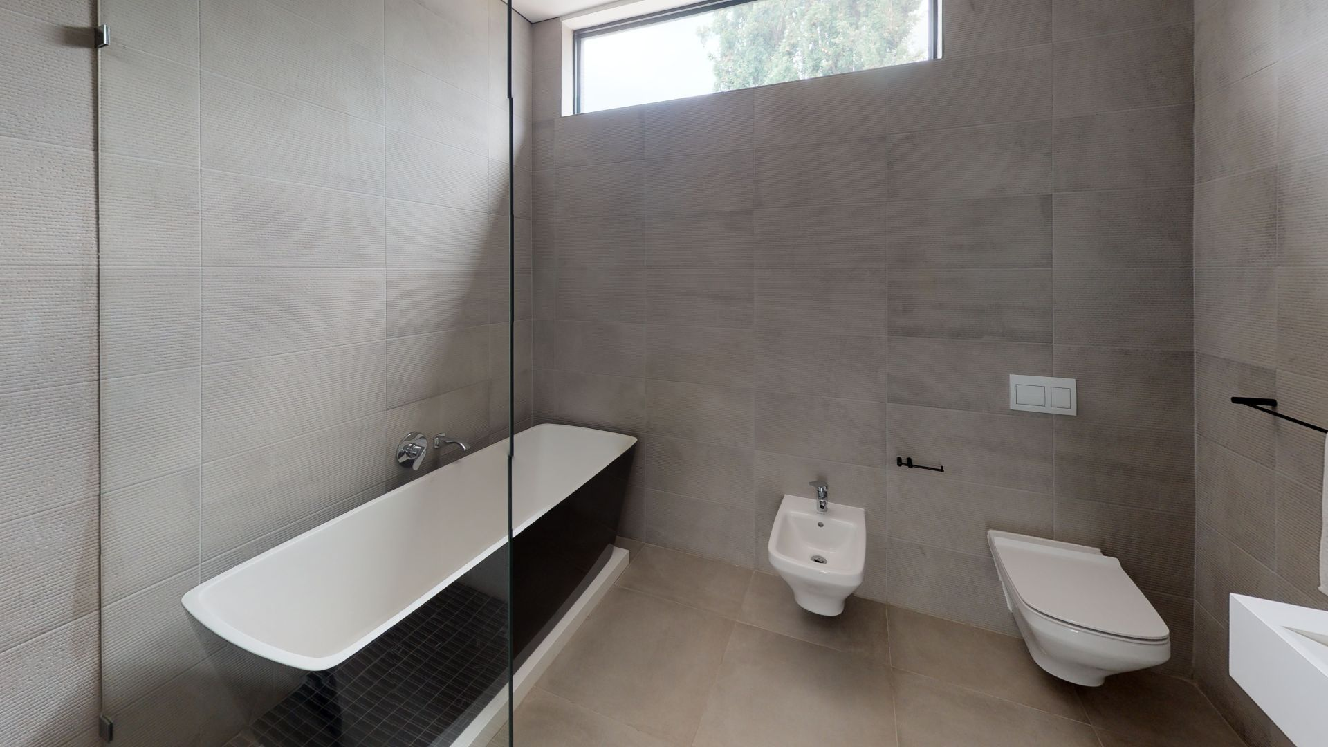 28-Cleveland-Road-Bathroom(3).jpg