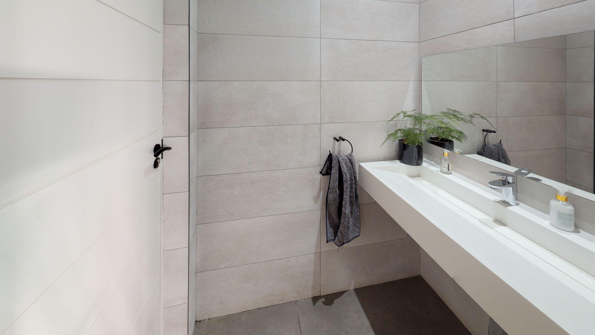 28-Cleveland-Road-Bathroom.jpg