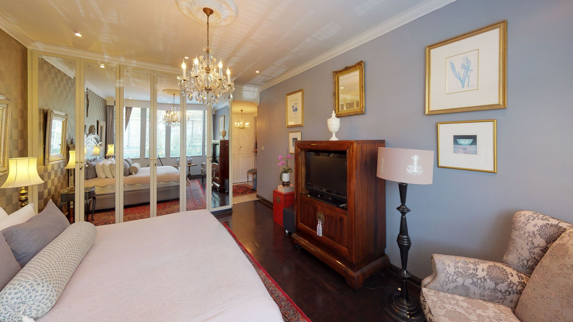 6-Lymington-Mews-Bedroom(1).jpg