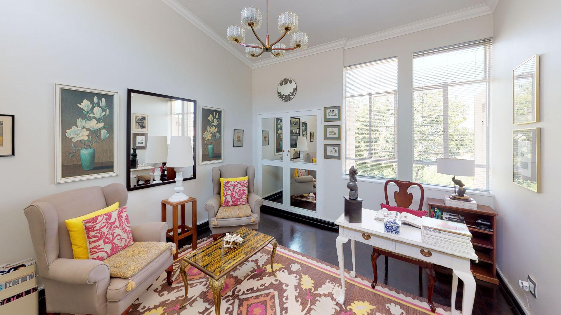 6-Lymington-Mews-Living-Room(2).jpg