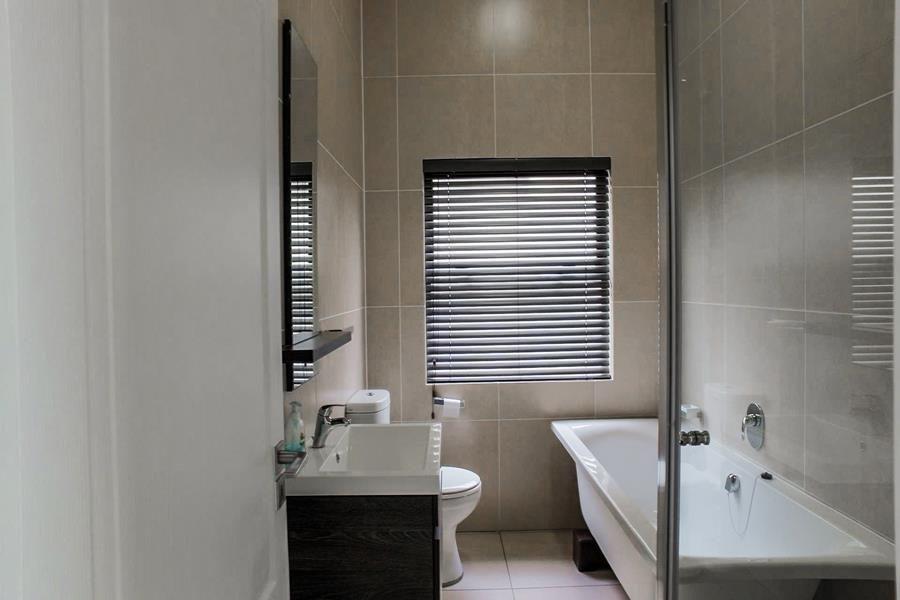 Beverley 2nd bathroom.jpg