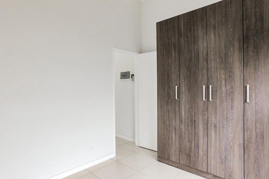 Beverly 2nd bedroom cupboards.jpg