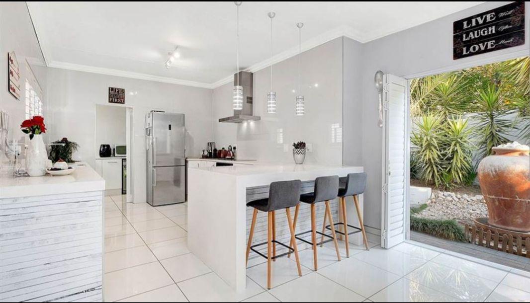 Witkoppen kitchen.jpg