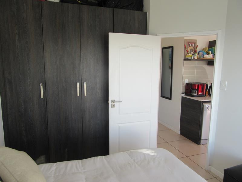 Bedroom cupboards (Copy).JPG