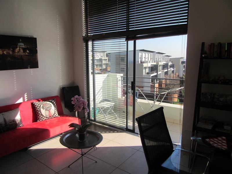 Lounge area (Copy).JPG