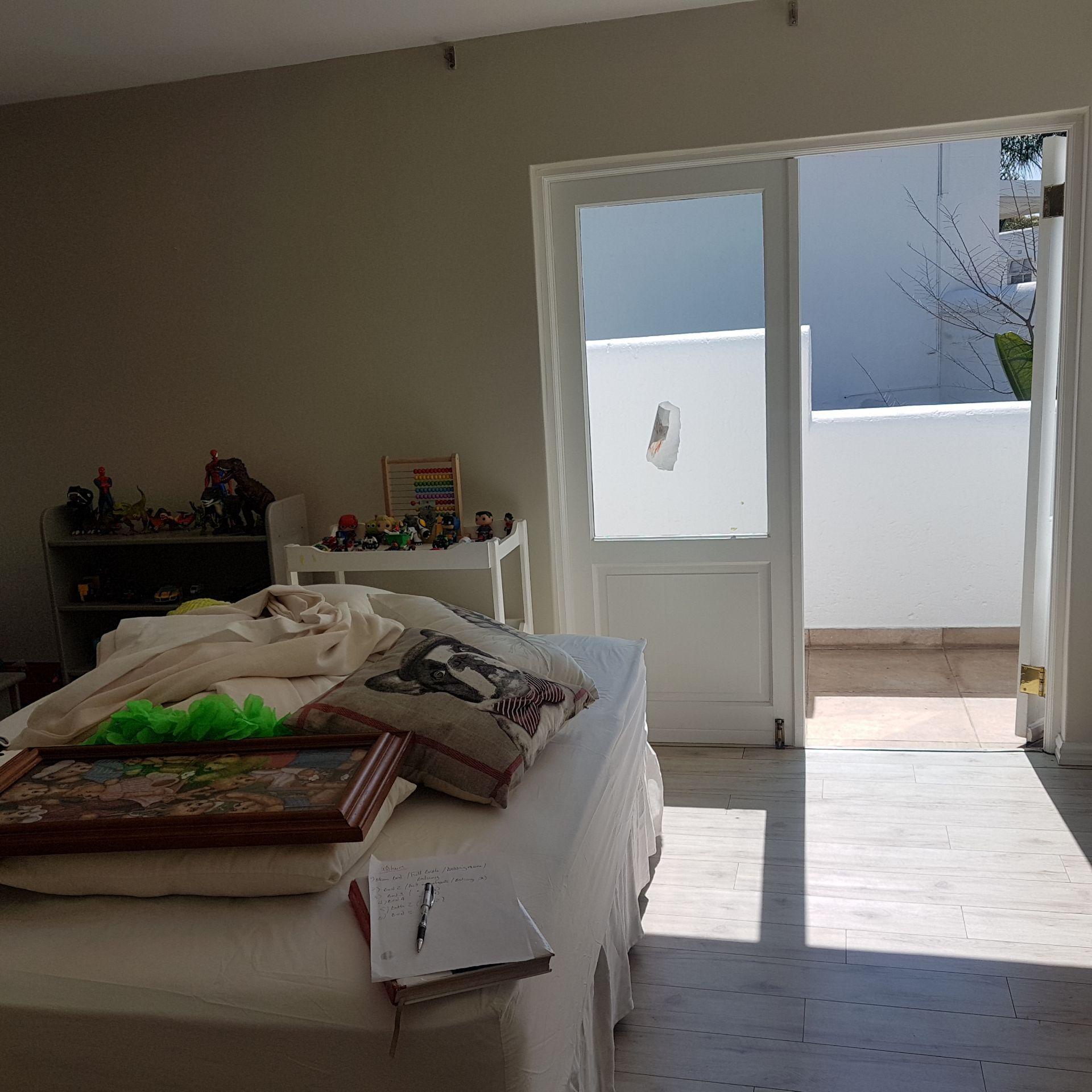19  Bed 5 2.jpg