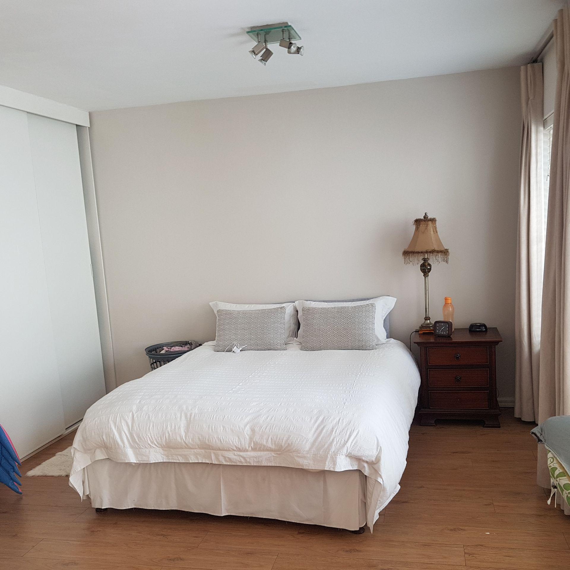 32  Granny bed.jpg