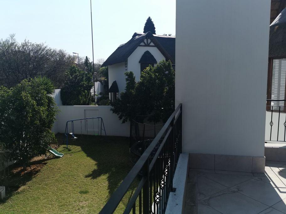 Craigavon balcony.jpg