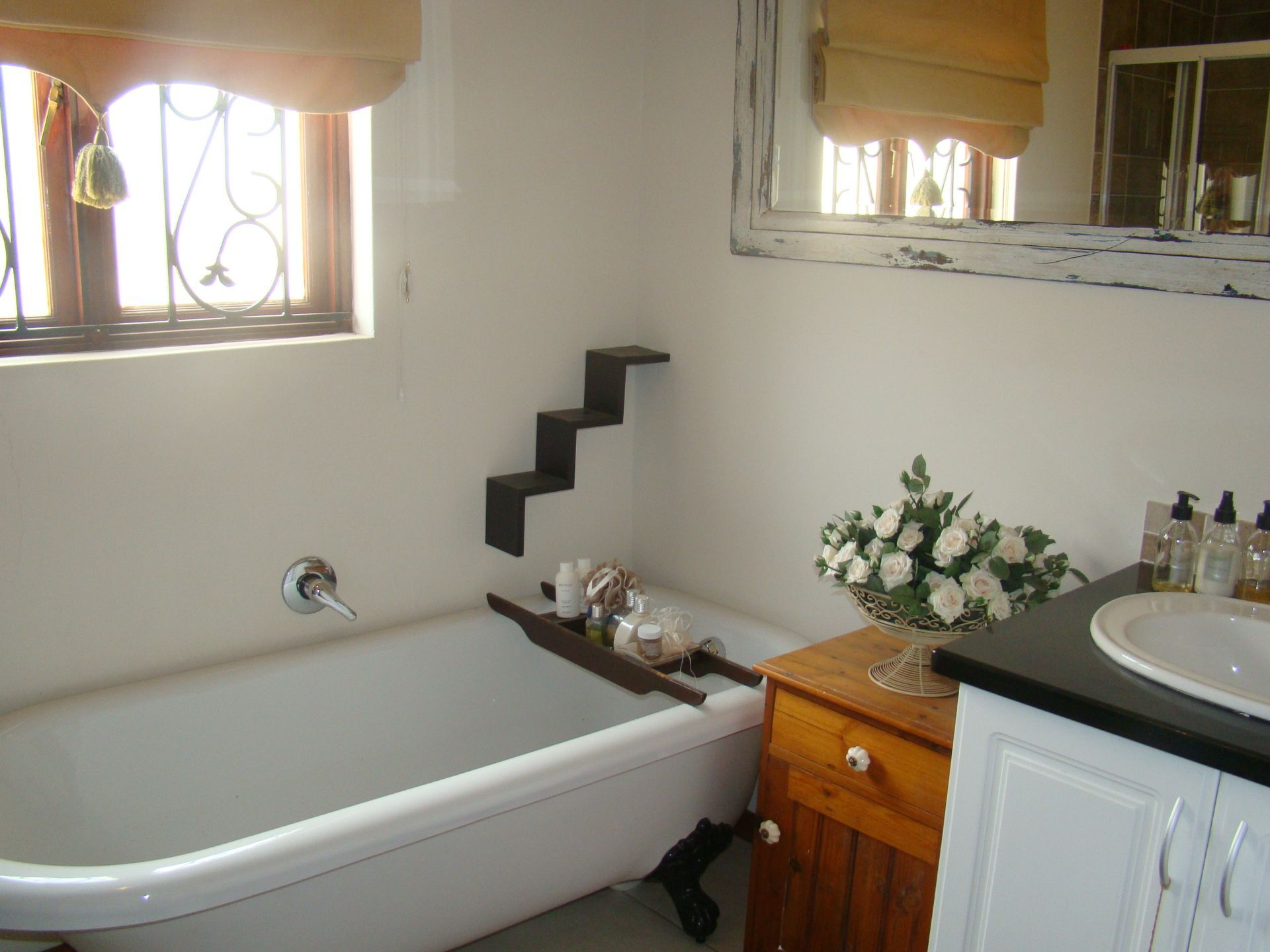 Craigavon 2nd bathroom.JPG