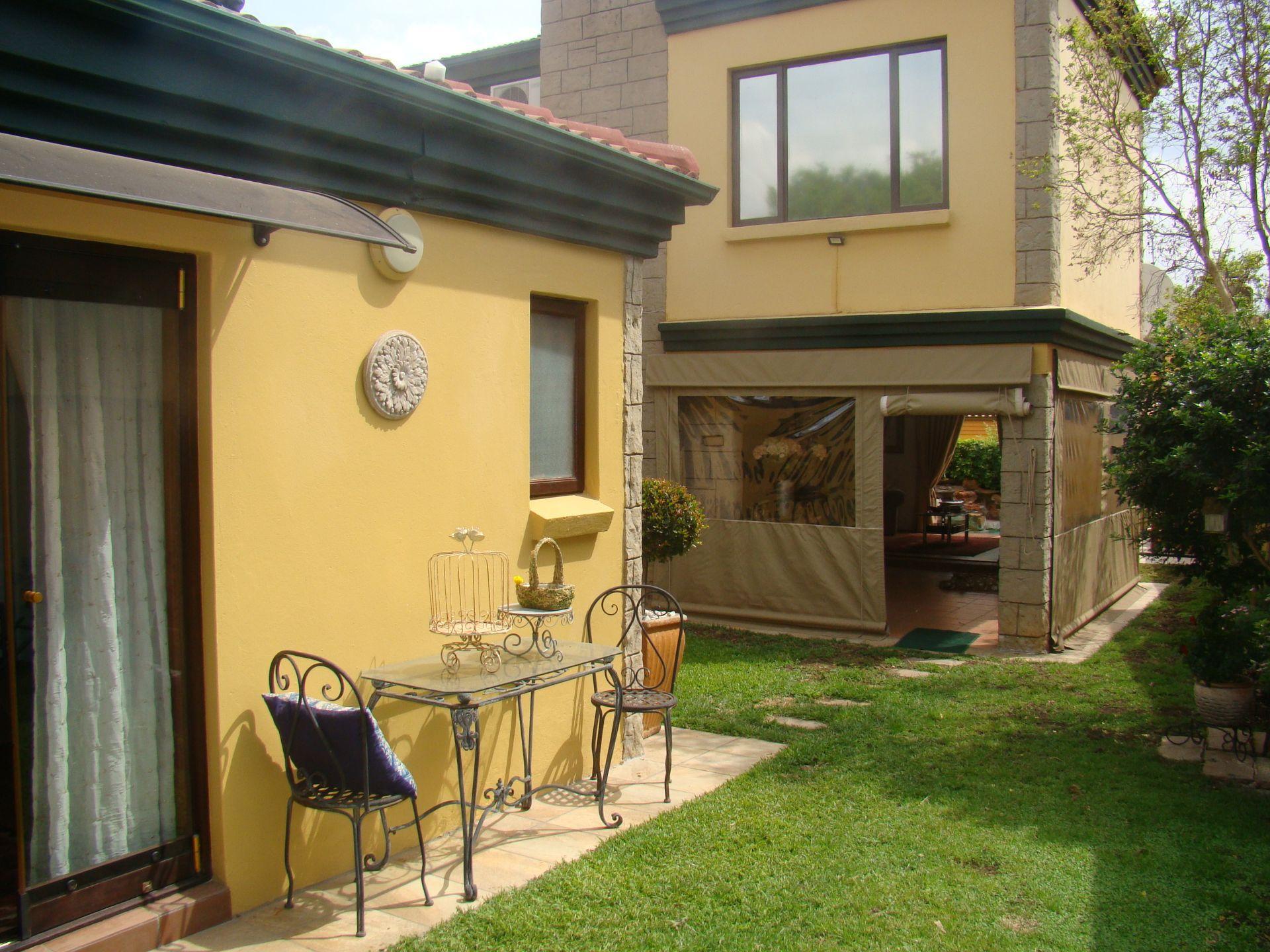 Craigavon cottage.JPG