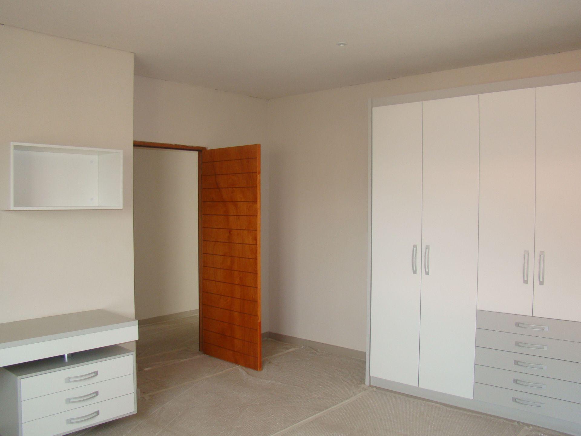 Craigavon 2nd bedroom cupboards.JPG