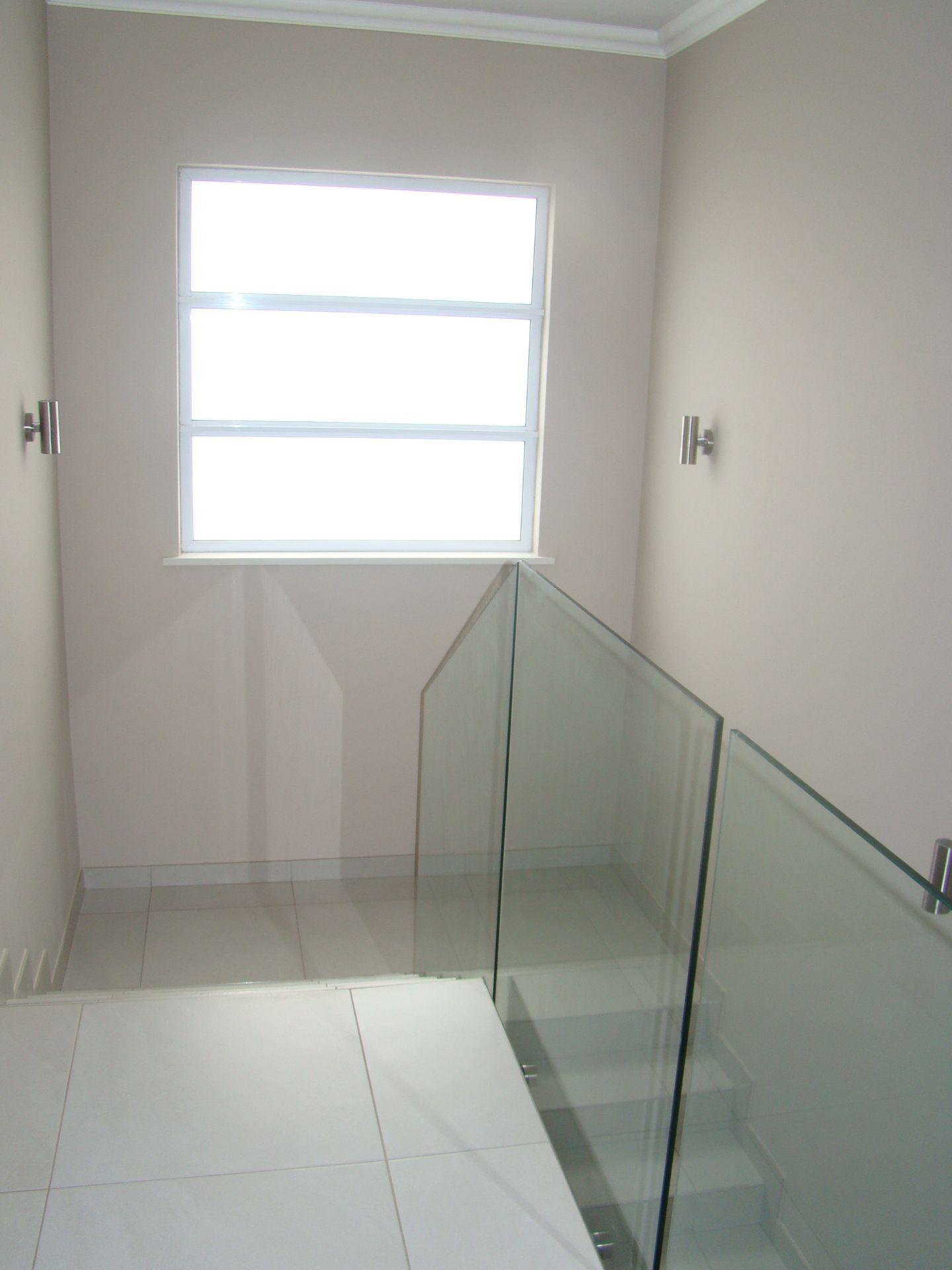 Craigavon staircase.JPG