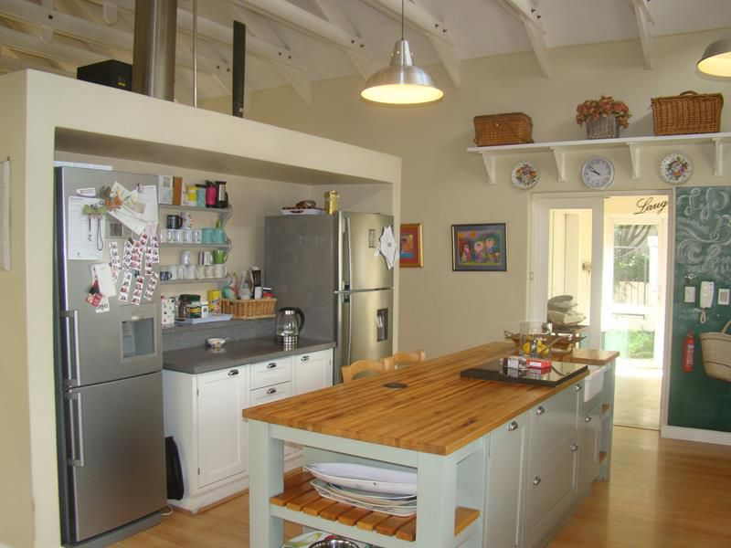 Fernbrook kitchen (Copy).JPG