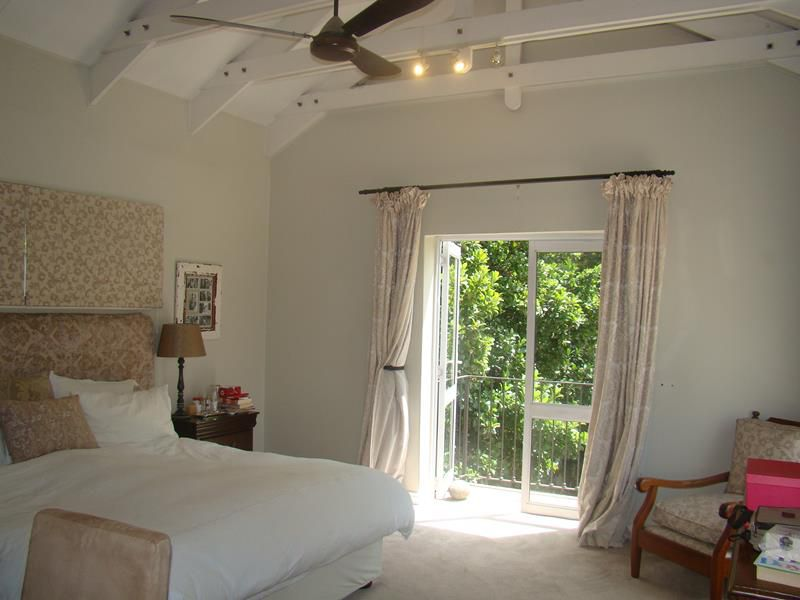 Fernbrook Main bedroom (Copy).JPG