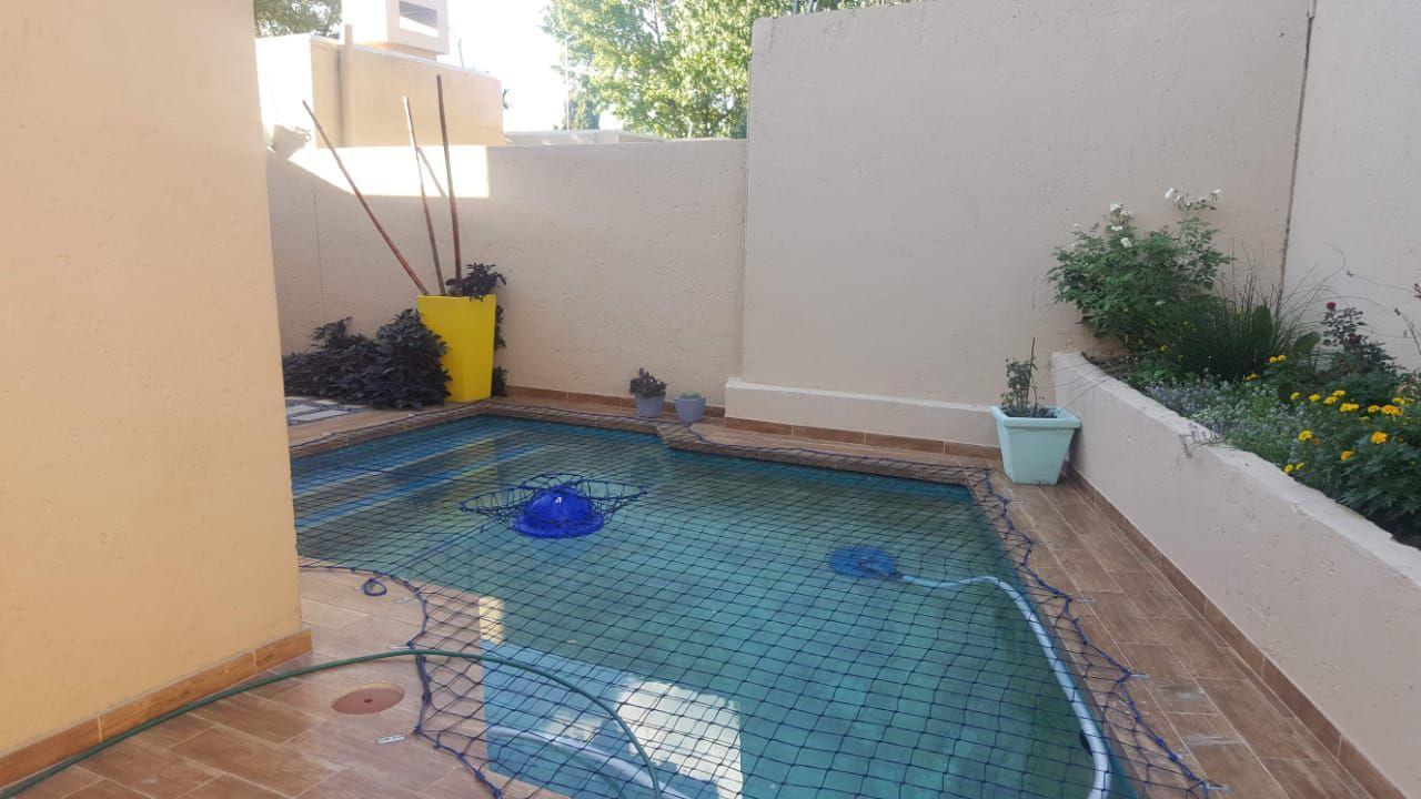 Lonehill pool.jpg