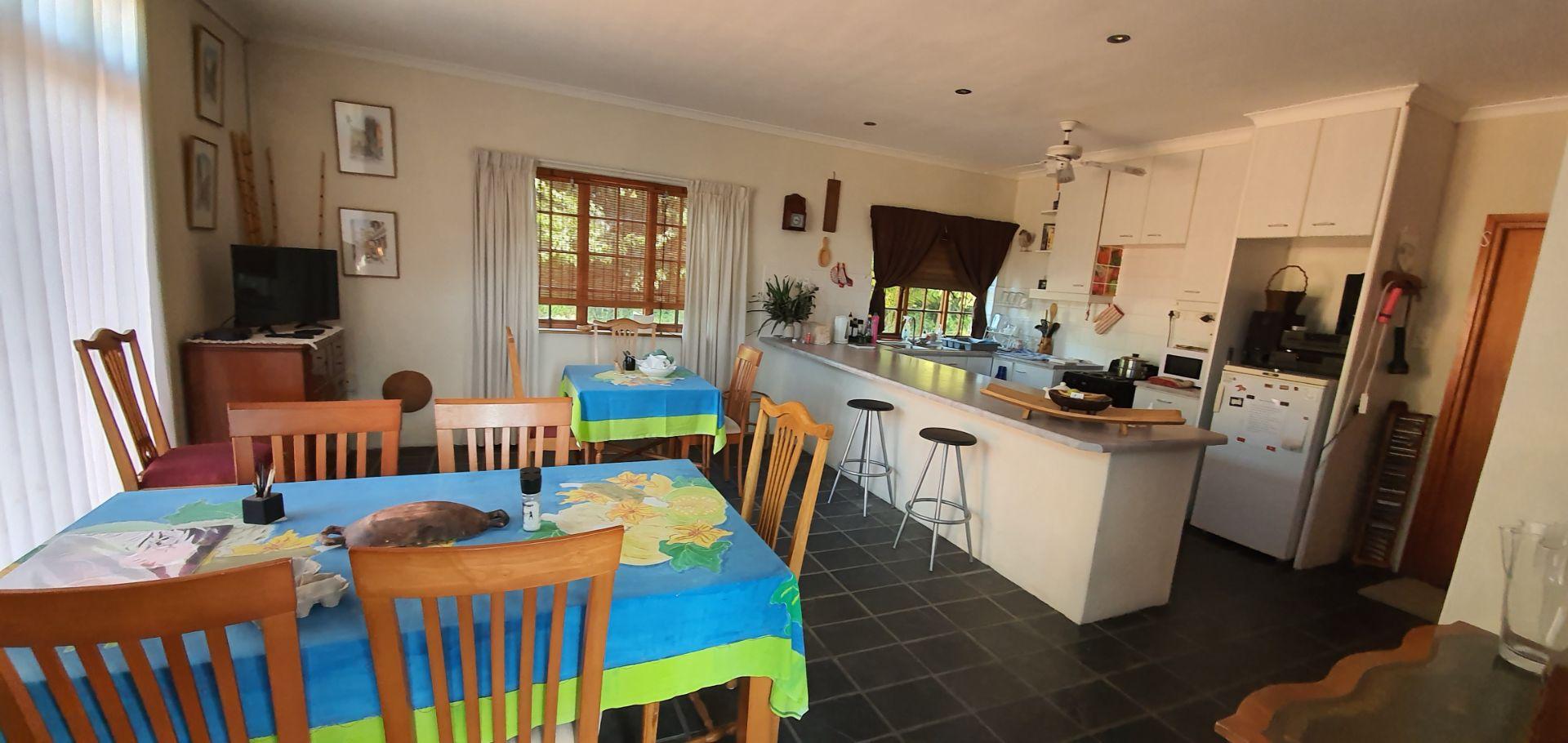bb kitchen.jpg