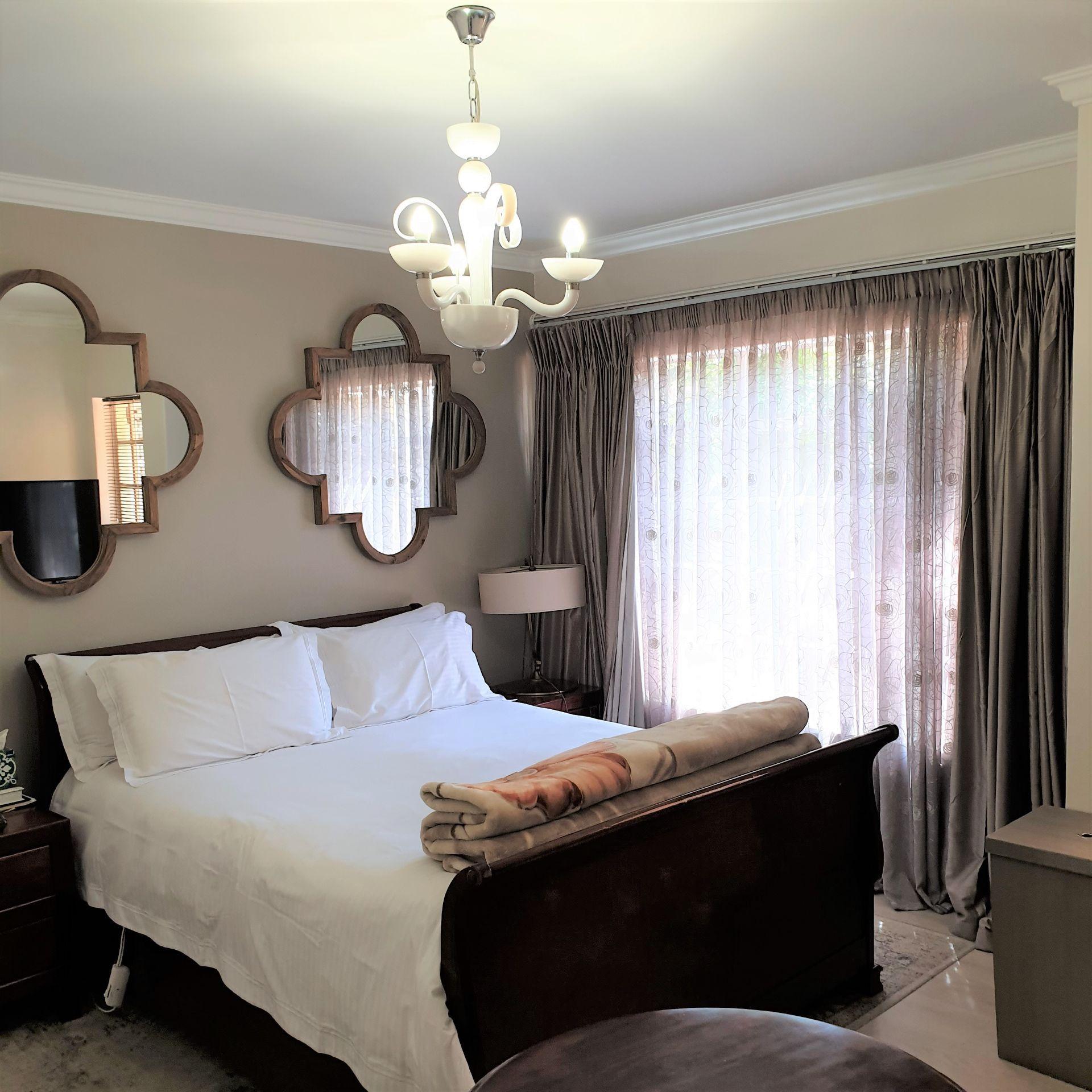 Main bedroom20200907_113417 (2).jpg