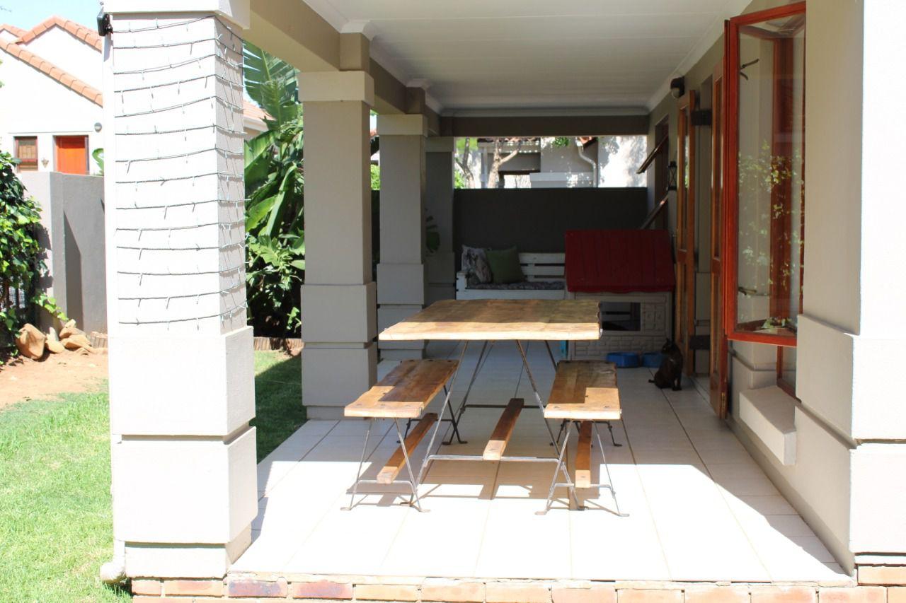 Craigavon covered patio.jpg