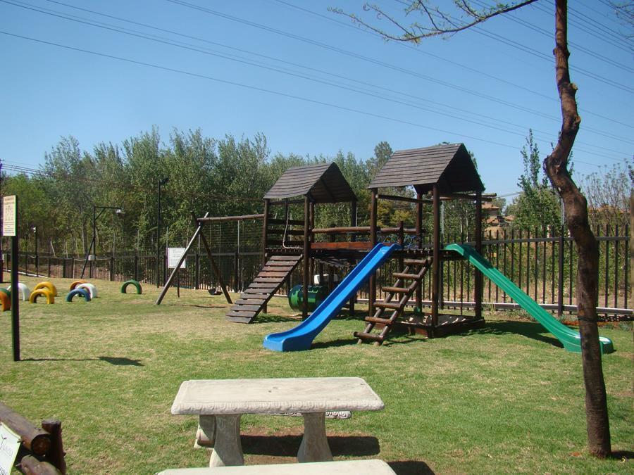Craigavon play area.JPG
