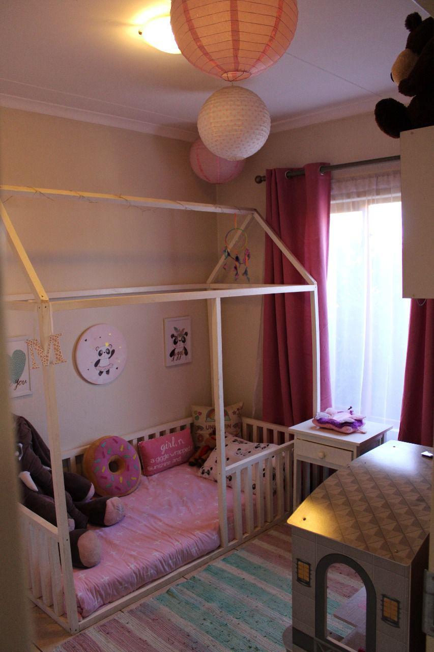 Craigavon 2nd bedroom.jpg