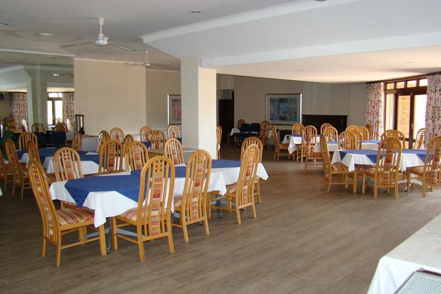 Lonehill club house dining room (Copy).JPG