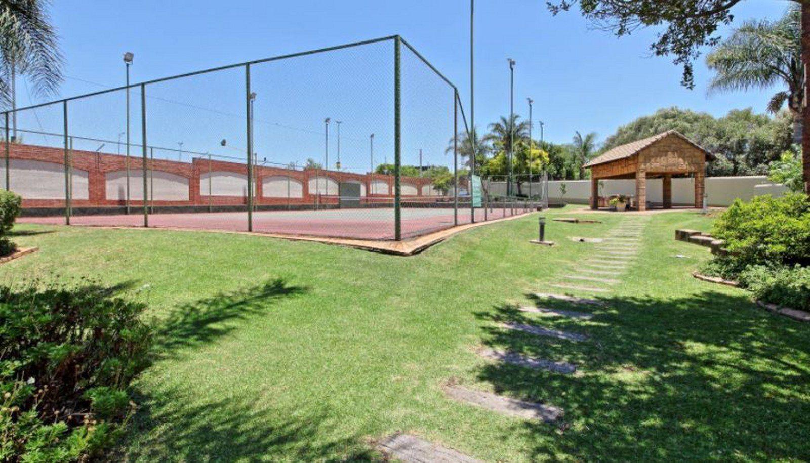Tennis_1600x915.JPG
