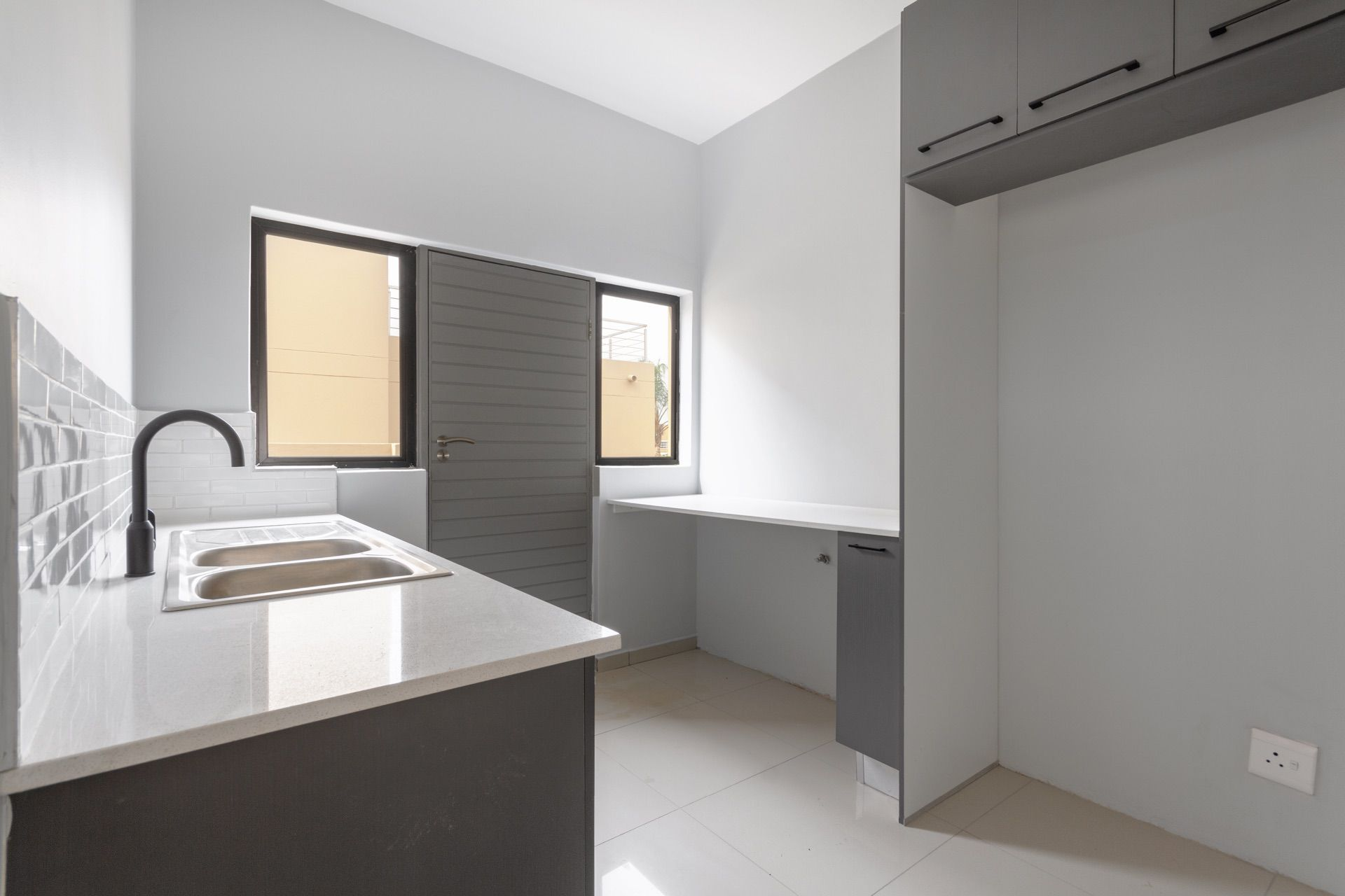 Scullery with space for 3 appliances