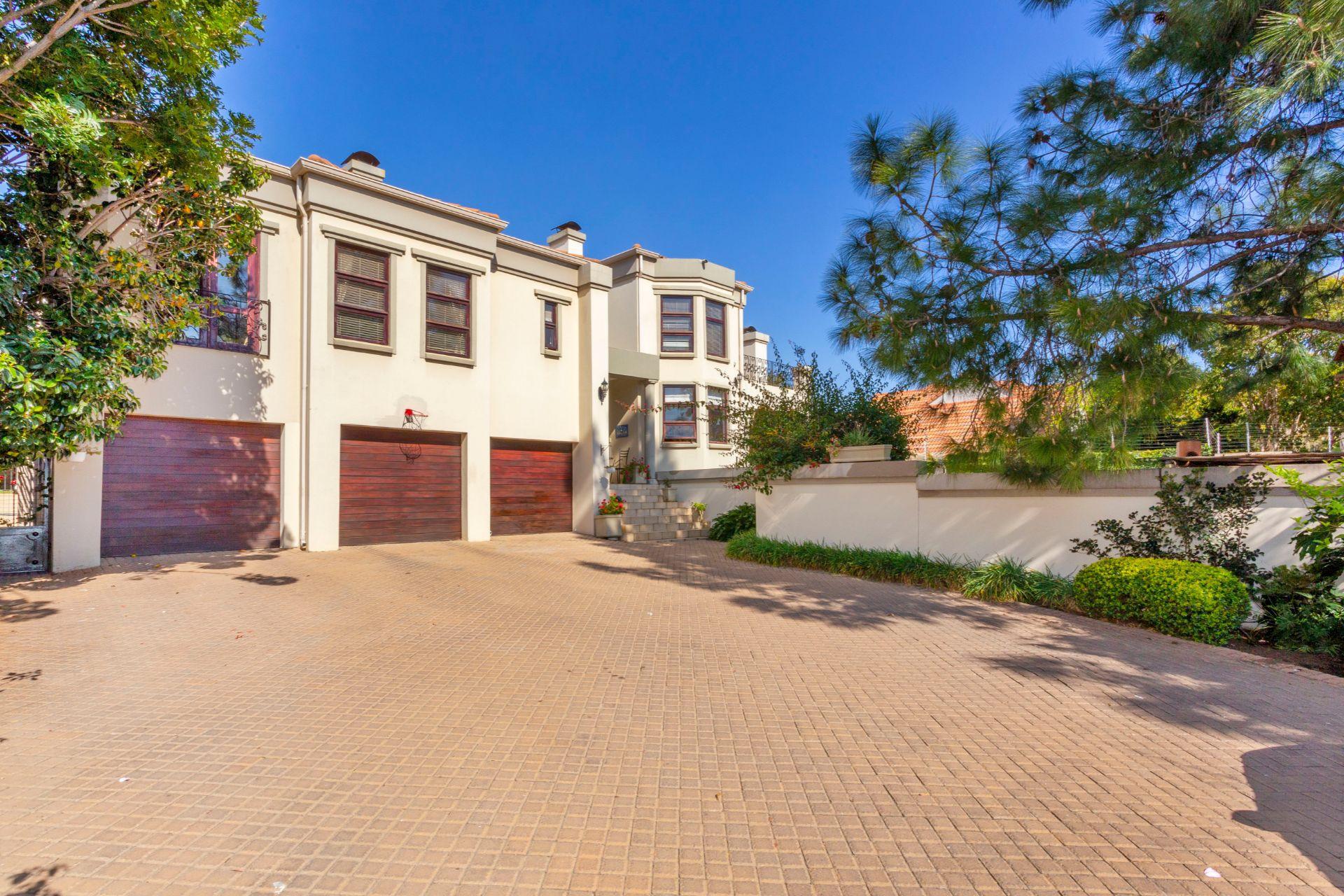 658 Saranton Estate  (1).jpg