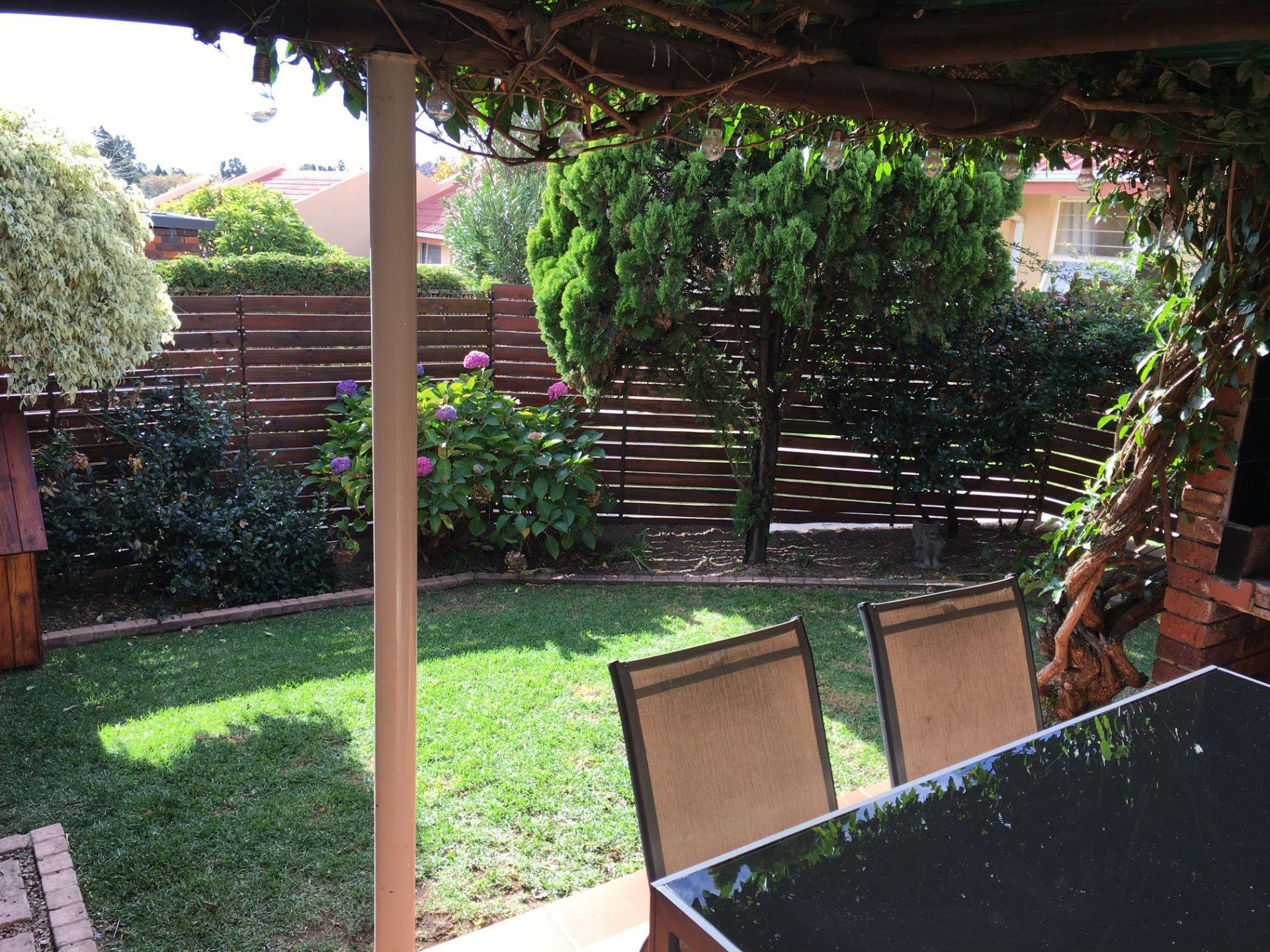 26_VT 23 Patio and Garden_2.JPG