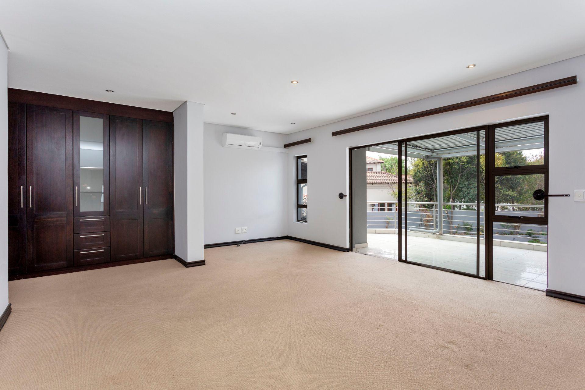 2091 Benedict Place Dainfern Valley (6).jpg